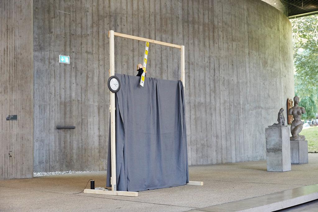 Das Schamperl und das Mauermännchen, Metaperformance-Miniaturen, Mai 2016